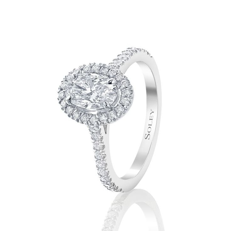 Trendy Oval engagement rings the cut for maximum sparkle