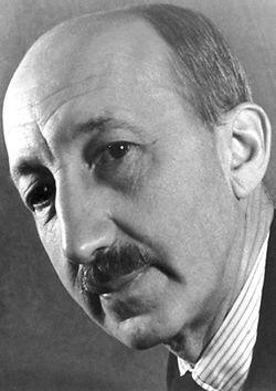 Hevesy György (született Bischitz György, 1885–1966.) Nobel-díjas magyar vegyész. Az 1943. évi Nobel-díjat hétszeri jelölés után az izotópok indikátoraként való alkalmazásáért kapta.
