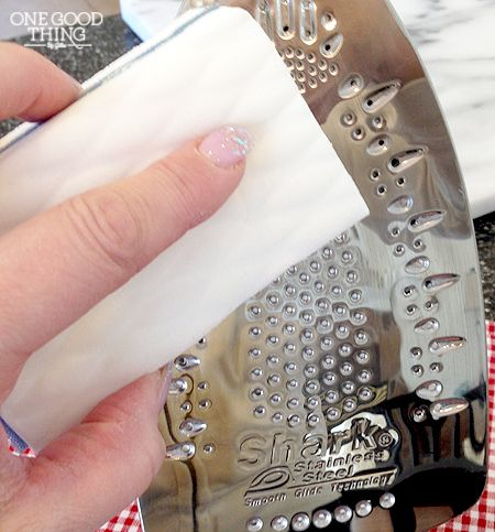 Make your iron look brand new again! Check out this great method for cleaning all that burned on gunk!