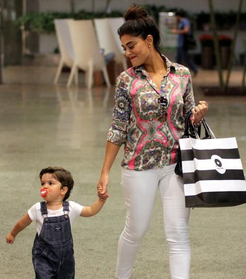 Juliana Paes comemora o aniversário do filho, Pedro: 'Meu anjo'