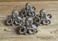 SET OF 4 - Large Antique Pewter Metal Octopus with Tentacles Knob - Nautilus Squid Beach Nautical Drawer Pull - Ocean Animal Bathroom