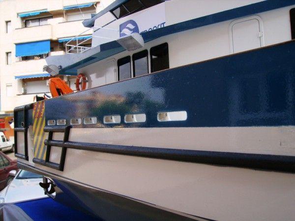 Catamarán Wind Farm Esc. 1:25 / 1:100 « Taller de maquetas Pojimbo
