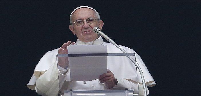Krisis Rohingya Paus Fransiskus Mau Kunjungi Myanmar  Paus Fransiskus. (Foto: Paul Haring/CNS)  SALAM-ONLINE: Paus Fransiskus akan mengunjungi Myanmar pada November mendatang kata Konferensi Waligereja dalam sebuah pernyataan pada Senin (28/8) lansir kantor berita Anadolu.  Dalam pernyataan tersebut dikatakan Paus Fransiskus akan mengunjungi Myanmar dari tanggal 27 sampai 30 November kemudian Bangladesh dari 30 November sampai 2 Desember. Ini merupakan kunjungan kepausan pertama ke Myanmar…