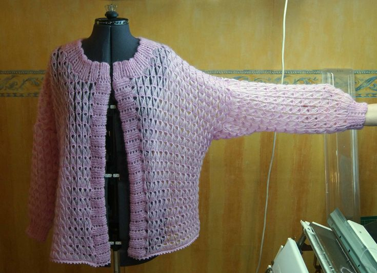 Hand Knitting of Lace Pattern from Elongated Loops