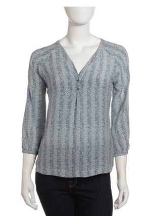 Deal Of The Week: Joie Silk Blouse. Reg $235; NOW $95 (60% Savings). Email lesley@thestylehunter.com if interested :)
