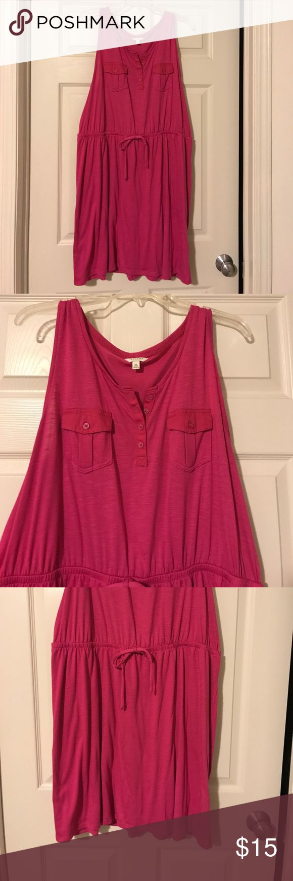 Sleeveless Jumper Dress In excellent condition. Sleeveless top attached to lined skirt. Top has buttons down front and 2 chest pockets waist is stretchy. Comes to knee length. Dresses Midi