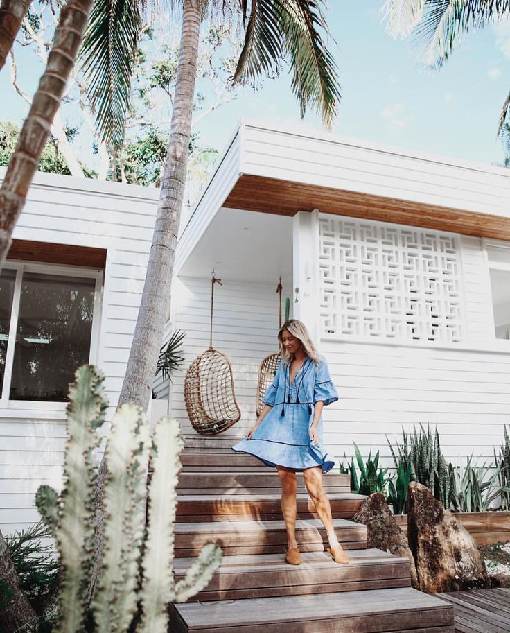 """20.3k Likes, 44 Comments - Thessy & Yiota (@saboskirt) on Instagram: """"A very beautiful morning at our new fave location @bask_and_stow guesthouse Byron Bay - all new…"""""""
