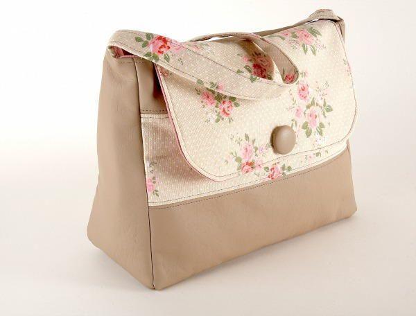 Leather Look Handbag | Make a sweet and stylish handbag with this tutorial!