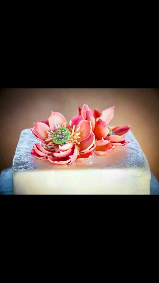 Lotus blossom cake toppers