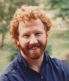 timothy busfield (born June 12, 1957) is an American actor and director. He has played Elliot Weston on the television series thirtysomething;