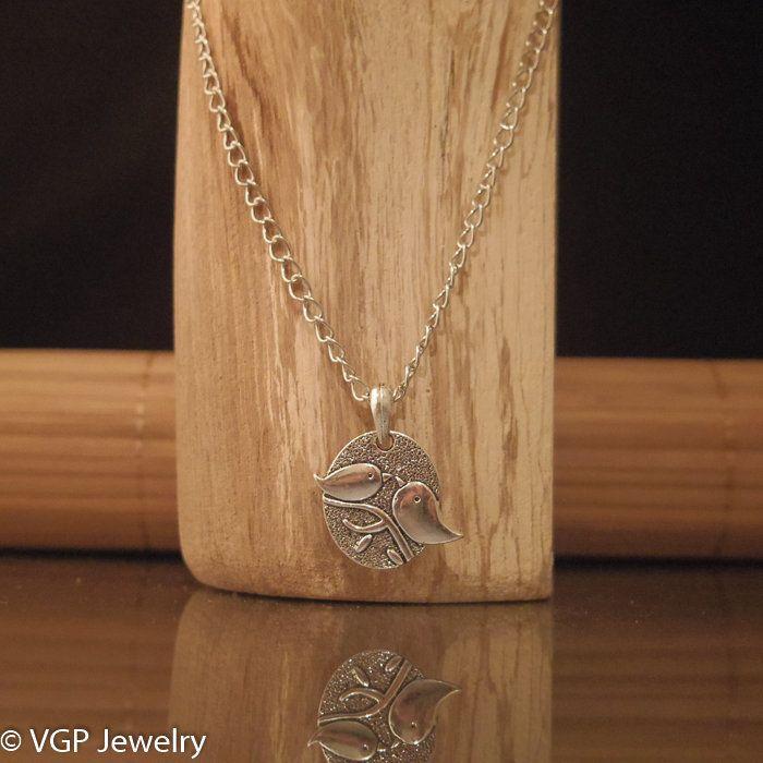 Mooie Vogel Ketting: lange zilverkleurige ketting