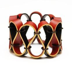 Jewellery by the contemporary jewellery designer TANIA CLARKE HALL