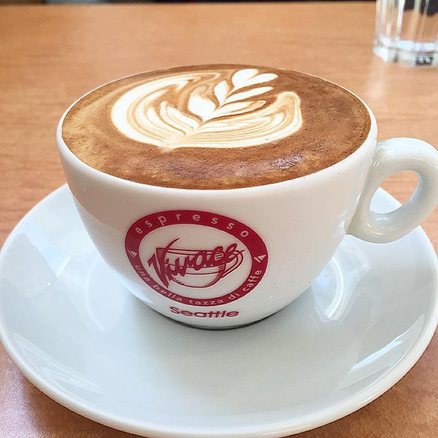 hi_rose80 on Instagram pinned by myThings おはようございます☺︎ .  昨日は遅れてきたホワイトデーでした .  山下公園付近で美味しい美味しい☕️を飲んで、みなとみらいでお買い物して、中華街で夕飯。 旦那さま、ありがとう♡ . .  写真は、その美味しい美味しい☕️♡ . 以下お店のHPから引用: .  Espresso Vivace(エスプレッソ ビバーチェ)の豆を毎週空輸にて直輸入。Espresso Vivace のオーナー、デビット・ショマー氏が焙煎する豆は全米 No. 1、世界でも高く評価されています。アメリカ・シアトルにある Espresso Vivace のお店に行かない限り、海外ではここでしか飲むことができません。Vivace の豆は大変フレッシュな豆です。この機会に、最高級のエスプレッソを是非お試しください。 .  コーヒー好きだけど、全然詳しくないので、ほぉ‼︎と感心するばかりでシロウト味覚だけど、美味しかった‼︎ ほんのり甘みがあってコクのある、とても美味しいコーヒー。 また飲みたい♡ . .  #coffee…
