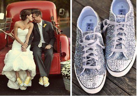 Tenis para la novia con plataforma OUT!!!! esta es una idea muy buena y súper nice!
