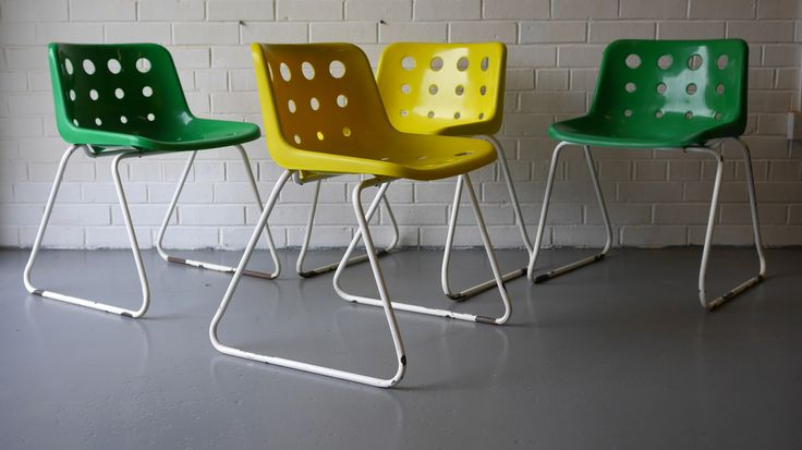 Set of 4 Original Green and Yellow Robin Day for Hille 'Polo' chairs c.1975