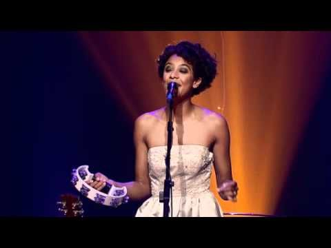 Corinne Bailey Rae - Put Your Records On - (... bear with the advertisement at the start, it's a nice performace ...)