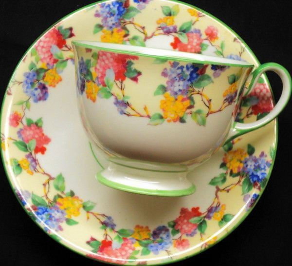 AYNSLEY ENGLAND PINK YELLOW BLUE HYDRANGEA CREAM GREEN TEA CUP AND SAUCER
