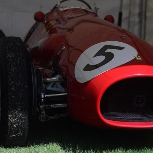 This is like a formula one Old Model car, I seen this car many time ago. I also like this care very much my blog post this  care many time find out more here http://www.f1deals.com/category/blog
