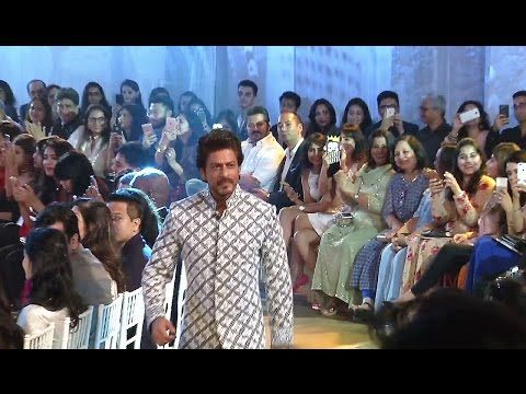 Showstopper Shahrukh Khan walks the ramp at Mijwan Fashion Show 2017 | Full Ramp Walk Video.    Click here to see the full video > https://youtu.be/ck41XDKddGE    #shahrukhkhan #bollywood #bollywoodnews #bollywoodnewsvilla