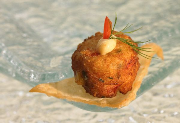 baby crab cakesGolden Brown, Crab Cakes, Minis Crabs, Nice Things, Crabcakes, Baby Crabs, Ovens So, Cake Recipes, Crabs Cake