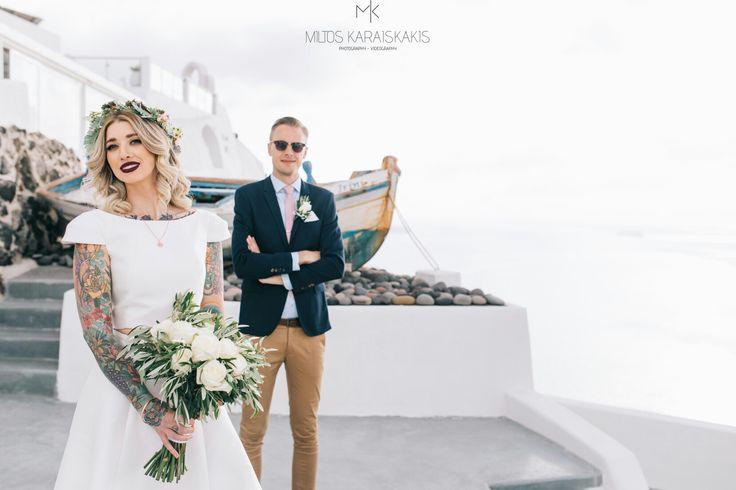 A unique kind of beauty - A beautiful wedding www.video-santorini.gr #weddingphotography #weddingvideography #miltoskaraiskakis #weddingphotographer #weddingvideographer #santorinivideographer #santoriniphotographer #weddingdestination #santoriniwedding #bride #groom #tattoedbride