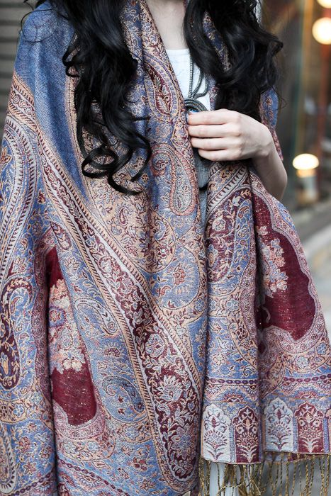 Every man should sport a paisley shawl...