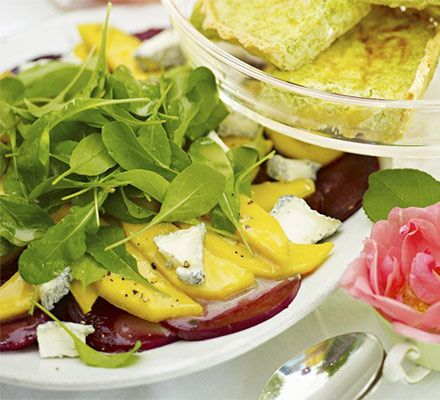 Beetroot & mango salad with soft goat's cheese | Recipe