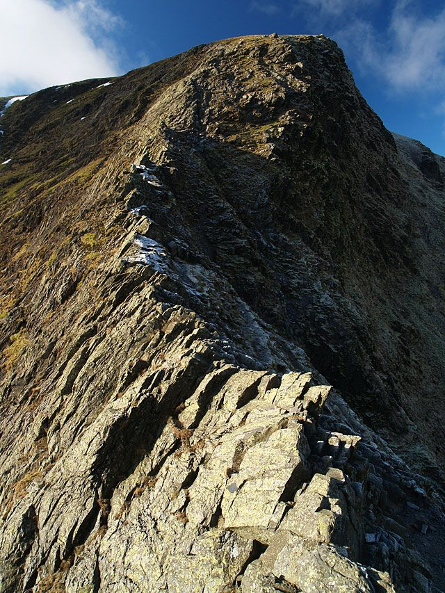 Sharp Edge, Blencathra, Lake District, England.