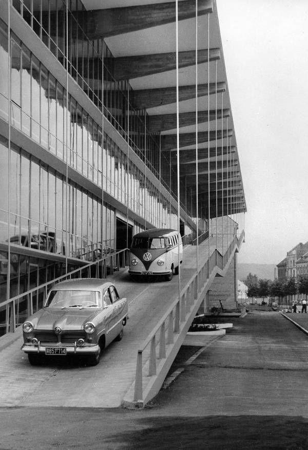 Rückblick auf ein Architekturjahrhundert: Paul Schneider-Esleben in München und Düsseldorf - DETAIL.de