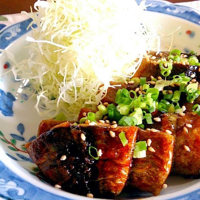 さんまを韓国風の蒲焼きにしてみました(*^^*) ニンニクがアクセントになってご飯が進みますっ(*^▽^*) 丼にしても◎です\(^-^)/ - 14件のもぐもぐ - サンマの韓国風蒲焼き♪ by ゆうkitchen