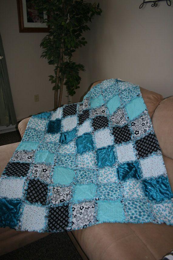 Rag Quilt Color Ideas : Rag Quilt Quilts for sale, Quilt and Colors