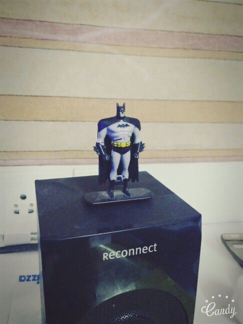 Batman mini figure. Gems surprise