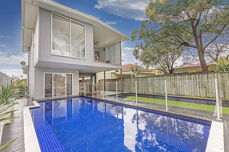 NORMAN PARK 12 Russell Street...Designed to the highest specifications and boasting an array of state of the art appointments and technology throughout, this home stands apart from the crowd.