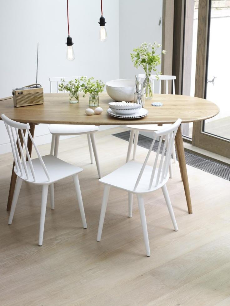 Via Louisa Grey | White and Wood | Dinnertable