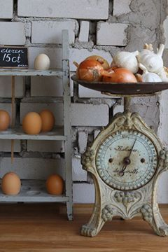 ✿ etsy bluefolkhome says ✿: Scale looks great in this vignette with garlic piled high! Love the egg holder too!