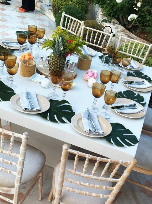 1000 ideas about pineapple centerpiece on pinterest for Thai decorations ideas