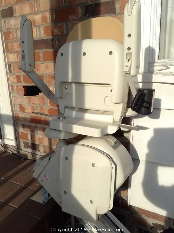 MaxSold - Auction: New Westminster Estate Online Auction -  Acorn Stairlift sold for $325.00