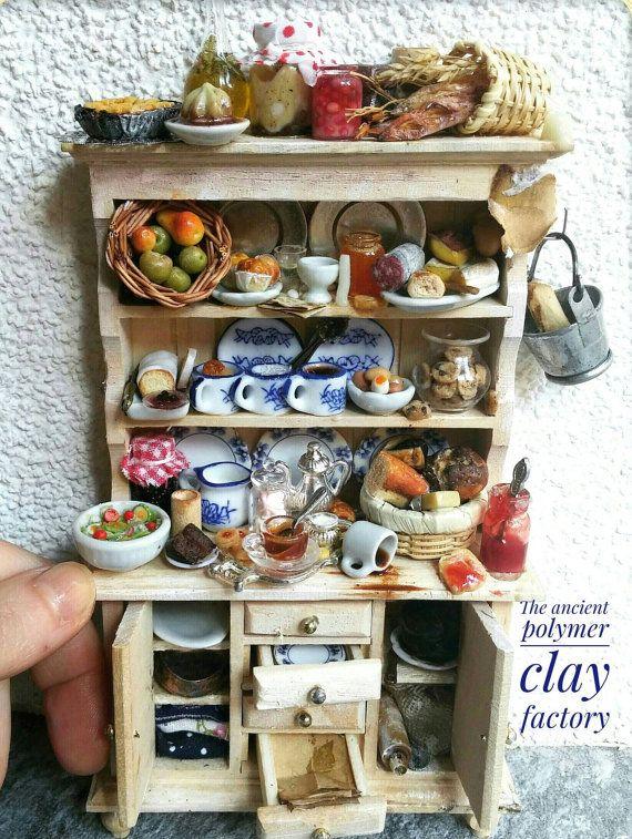 Guarda questo articolo nel mio negozio Etsy https://www.etsy.com/it/listing/261112360/kitchen-dresser-miniature-kitchen
