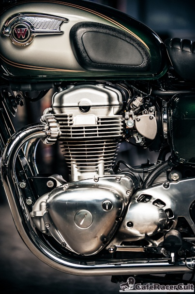 Test - Kawasaki W800