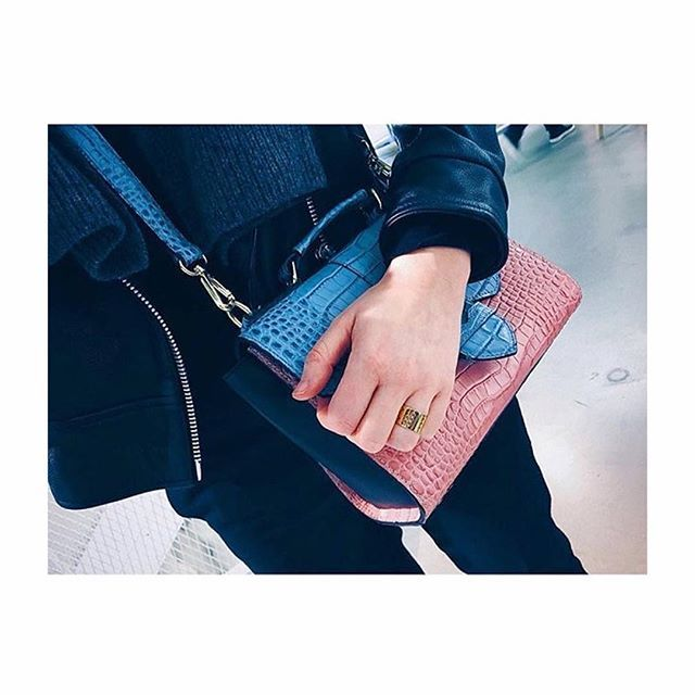 Love it Thanks for sharing @nicofine  #blindskrift #braille #LUCKYFINGER #ring #style #composition #fashion #blogger #interior #pink #gold #LULU #lulucopenhagen #lulubadulla #contemporary #jewellery #jewelry #design #love