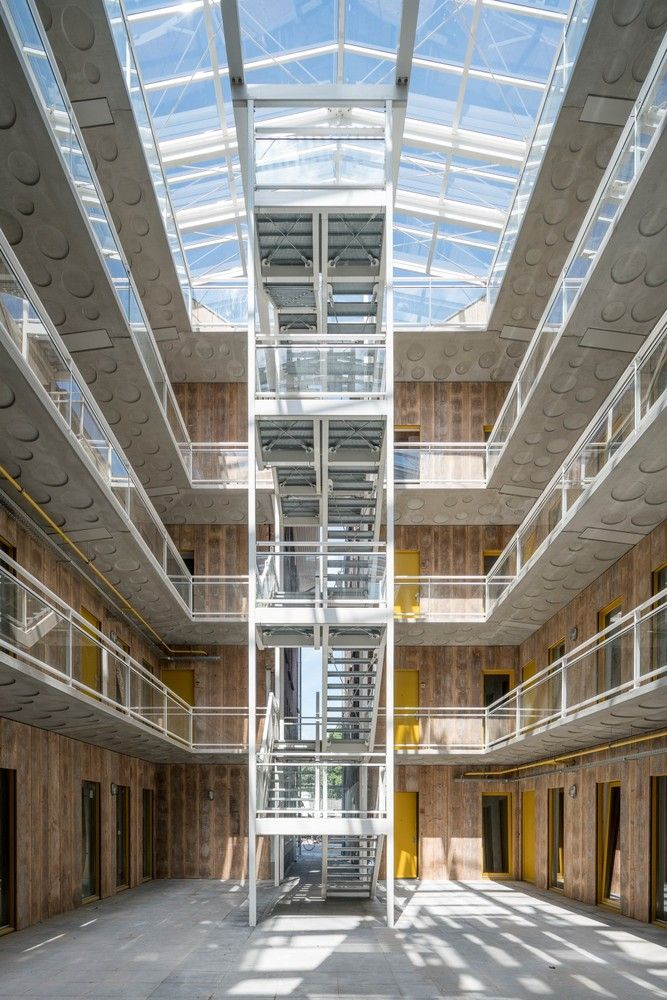 Gallery Of Gouda Cheese Warehouse Loft Apartments Mei Architects And Planners 31 In 2021 Renovation Architecture Atrium Design Pavilion Architecture