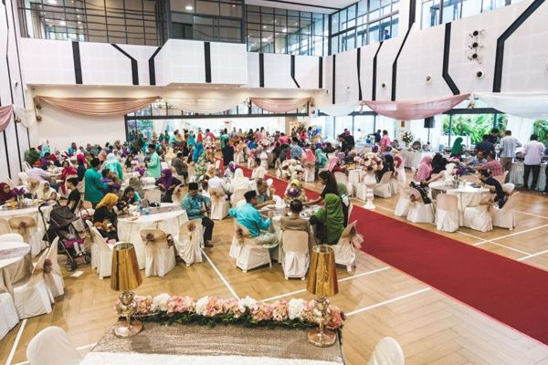 Malay Wedding Venue 100 Locations To Choose From Kahwin Sg Wedding Reception Venues Country Club Wedding Wedding Reception Hall