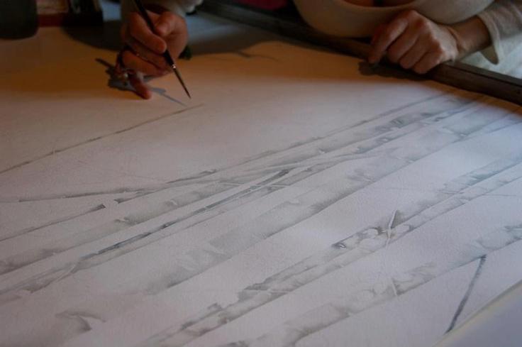 L'artista Silvia Molinari ha disegnato e acquerellato la carta da parati, ha reinventando e reinterpretando la foresta radice-labirinto di Calvino.  http://www.silviamolinari.it/