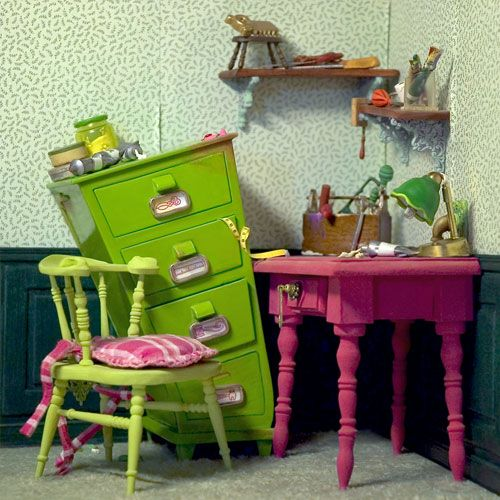 Very Colorful Dolls Houses (click on the link to see more inspiring photos)