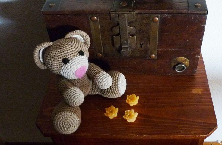 fait à partir d'un patron, moins les rayures #ours #crochet #amigurumi