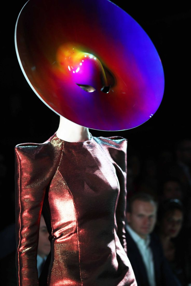 Paco Rabanne: Ss 2012, Crazy Hats, Hats Masks, Paco Rabanne, Fashion Art, Spaces Age, Fashion Photography, Rabanne Ss, Haute Couture