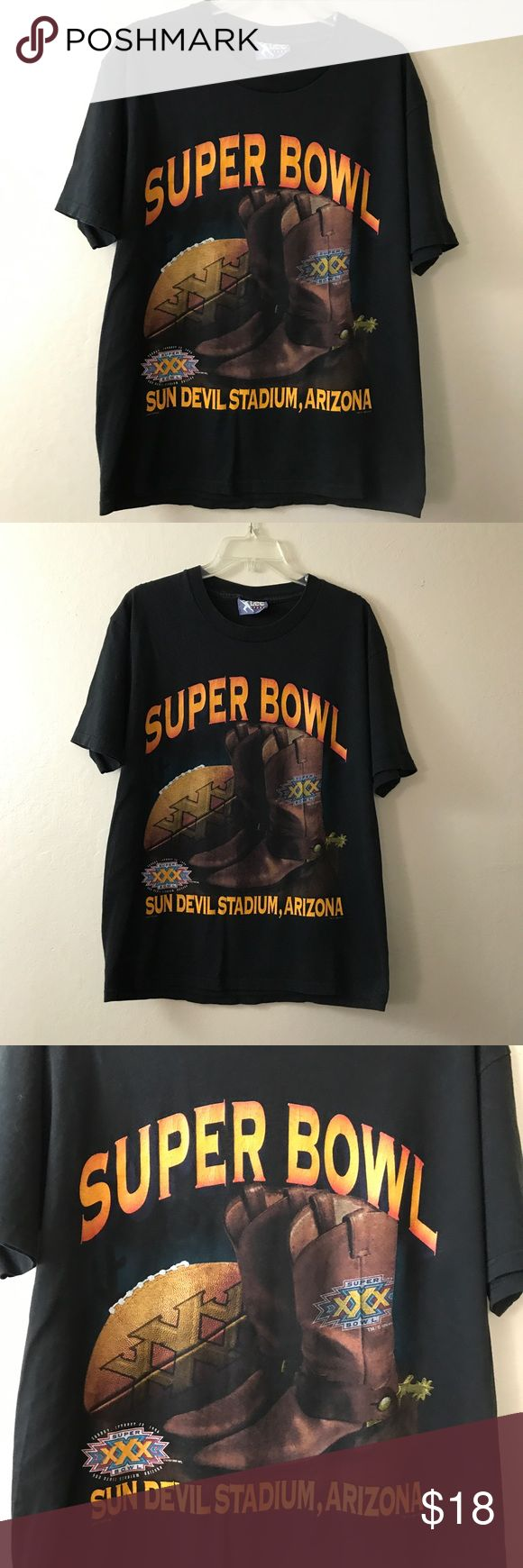 Vintage Lee Super Bowl XXX 1996 Arizona Football L Vintage Lee brand - Size Large - Black super bowl XXX 1996 Sun Devil Stadium, Arizona Graphic Tee Shirt - Excellent Condition - FAST SHIPPING! Lee Shirts Tees - Short Sleeve