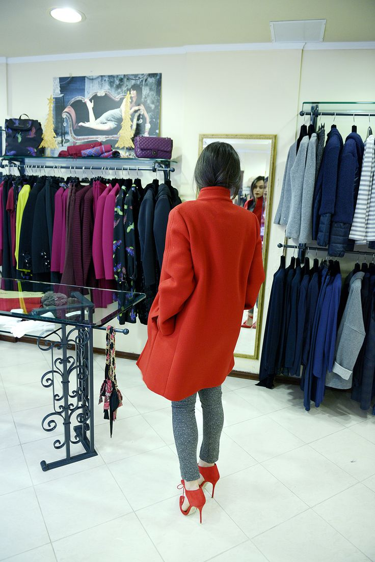 Choose all time classic in Lili Hatzopoulos fashion boutique