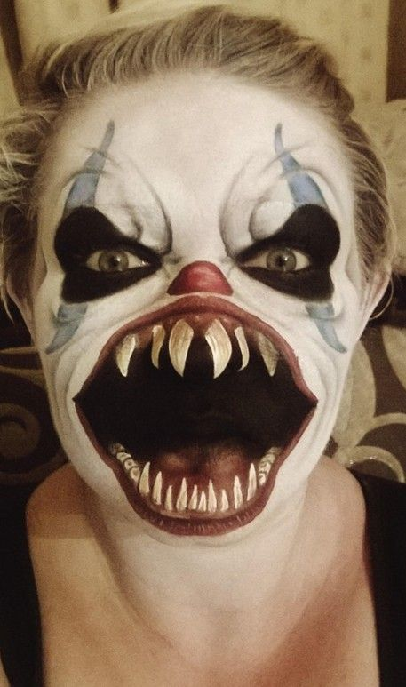 Mum's scary face painting goes viral - Caters News Agency