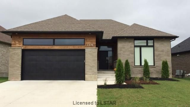 1 Year Old, 3+1 Bedroom, 3 Full Bathroom, Luxury #Ranch with Lower Level Lookout backing onto a Ravine in Hunt Club Green!  $449,000 - www.ForestCityTeam.com  #RealEstate #Realtor #LdnOnt